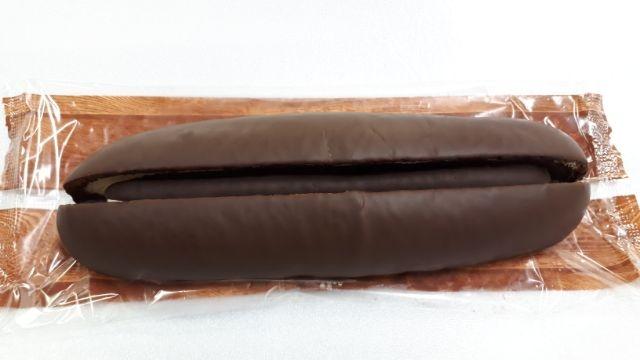 セブンイレブン香るカカオのチョコ&ホイップロール