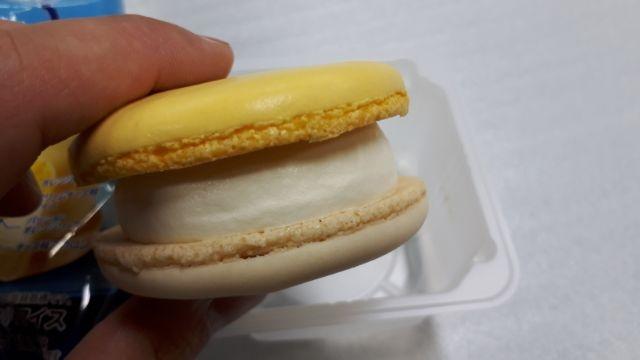 クリームチーズマカロンアイス
