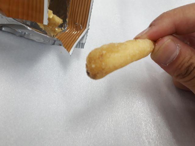 素材の味を生かした皮付きポテトフライ